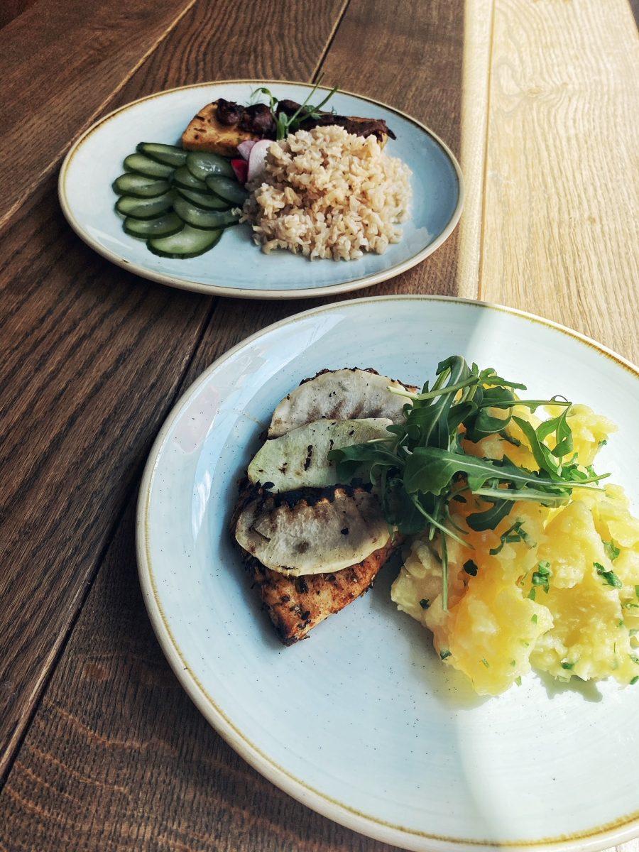 Odkryj smaki Europy jedząc Lunch Menu w Pochlebnej!